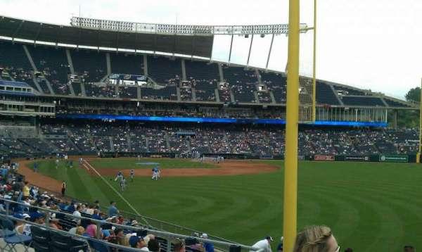 Kauffman Stadium, secção: 248, fila: bb, lugar: 1