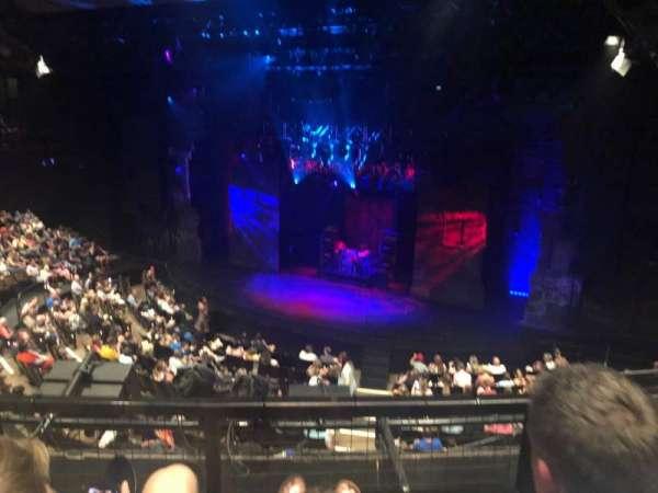Gillian Lynne Theatre, secção: Dress circle, fila: B, lugar: 22