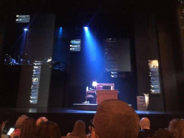 Music Box Theatre, secção: Orchestra C, fila: E, lugar: 105