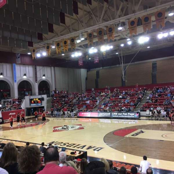 John M. Belk Arena, secção: 15, fila: G, lugar: 1