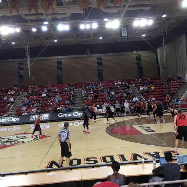 John M. Belk Arena, secção: 13, fila: C, lugar: 1