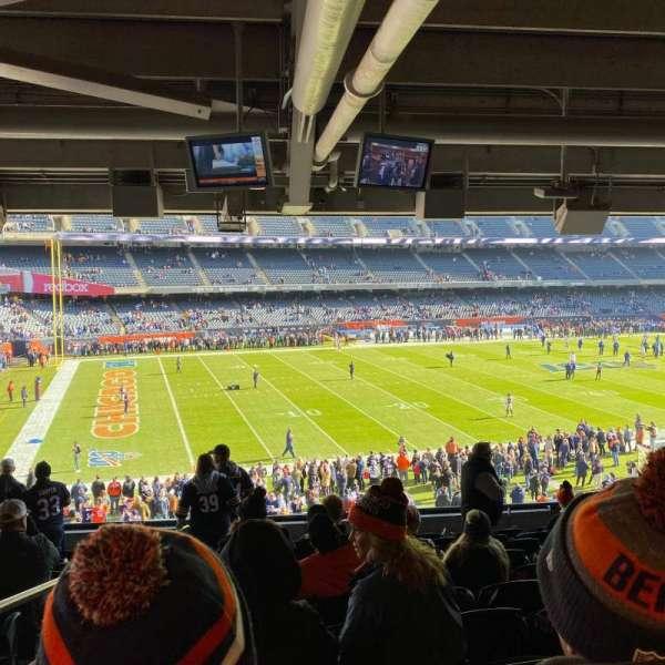 Soldier Field, secção: 242, fila: 11, lugar: 1