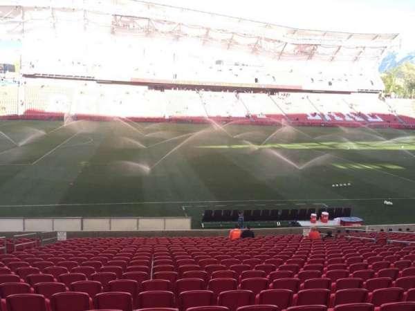 Rio Tinto Stadium, secção: 21, fila: V, lugar: 18
