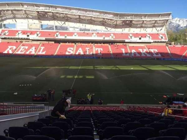 Rio Tinto Stadium, secção: 19, fila: V, lugar: 6
