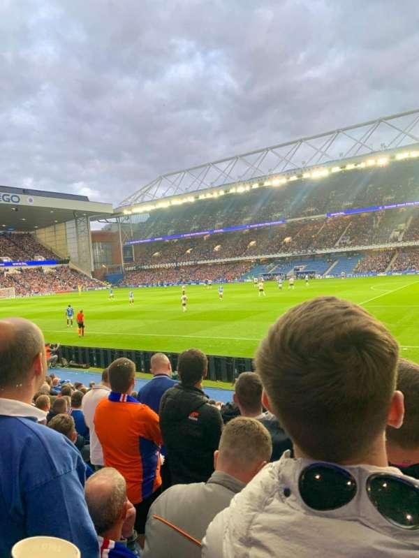 Ibrox Stadium, secção: GF1, fila: L, lugar: 0019