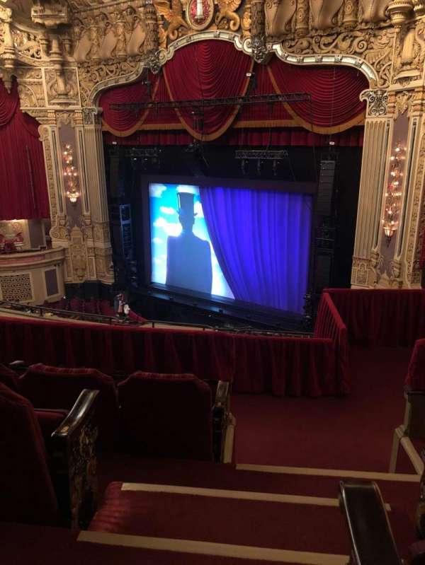 Nederlander Theatre (Chicago), secção: Balcony FR, fila: H, lugar: 380