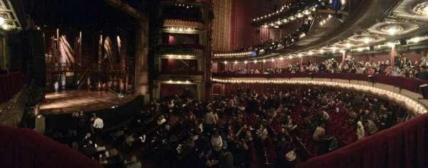 CIBC Theatre, secção: Dress Circle Box 1, fila: Box 1, lugar: 201