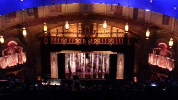 Fox Theatre (Atlanta), secção: Gallery Right A, fila: R, lugar: 106