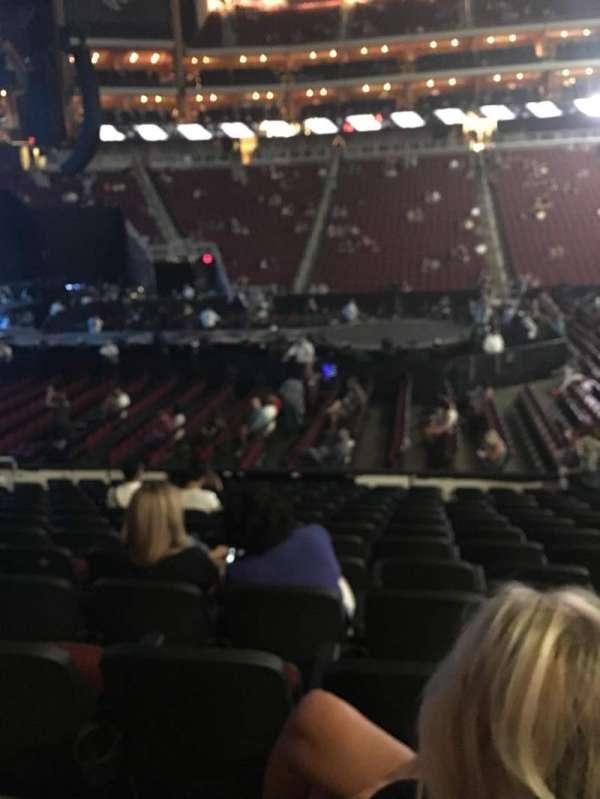 Gila River Arena, secção: 102, fila: M, lugar: 7