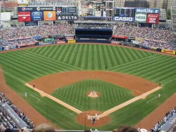 Yankee Stadium, secção: 420B, fila: 8, lugar: 15