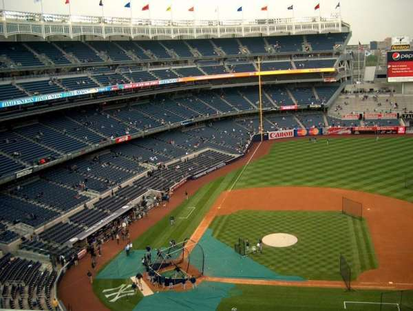 Yankee Stadium, secção: 317, fila: 1