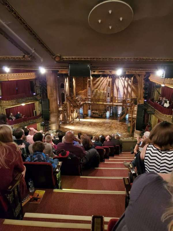 CIBC Theatre, secção: Mezzanine R, fila: L, lugar: 2