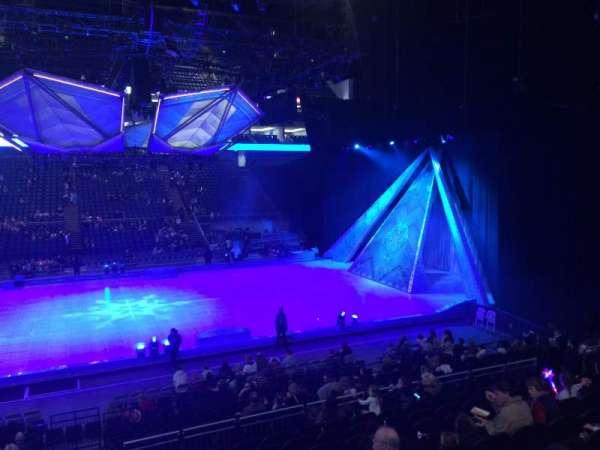 The O2 Arena, secção: 111, fila: R, lugar: 378