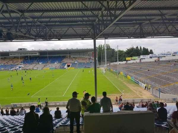 Semple Stadium, secção: 126, fila: JJ, lugar: 17