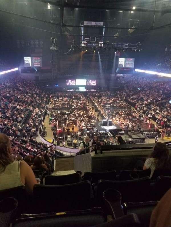 Van Andel Arena, secção: 202, fila: K, lugar: 5