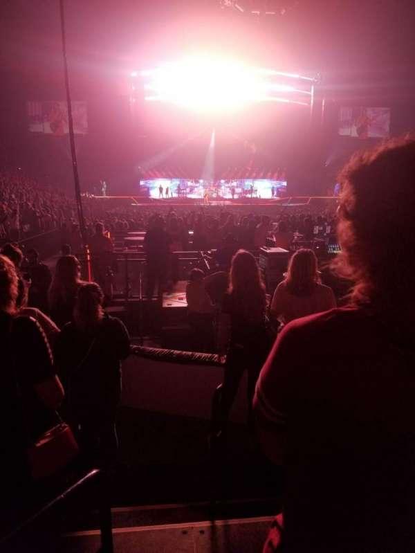 Van Andel Arena, secção: 102, fila: D, lugar: 10