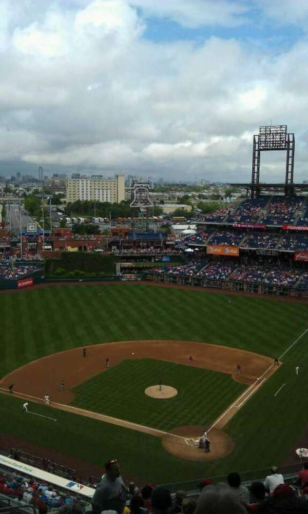 Citizens Bank Park, secção: 422, fila: 15, lugar: 24