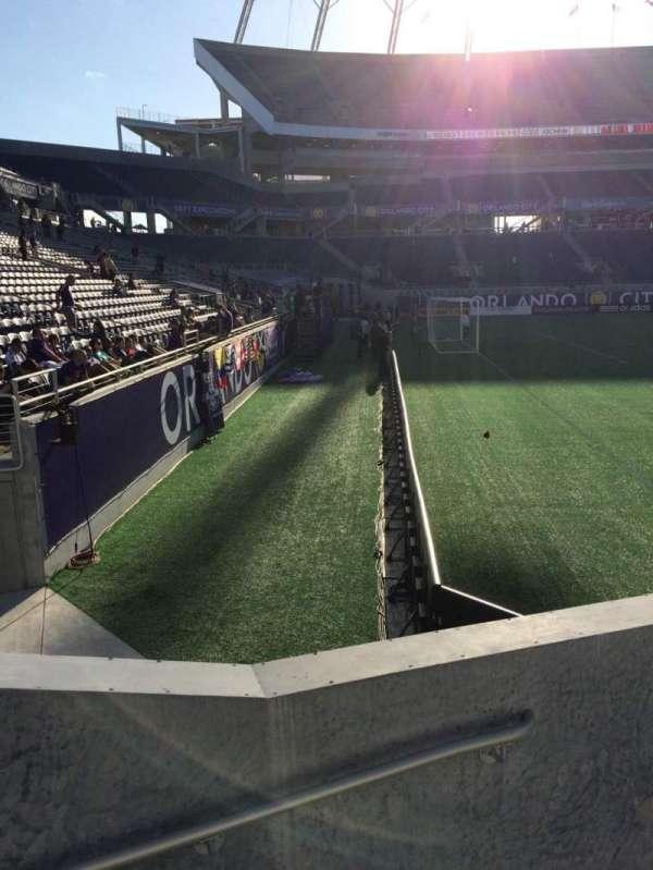 Camping World Stadium, secção: 115, fila: D, lugar: 16