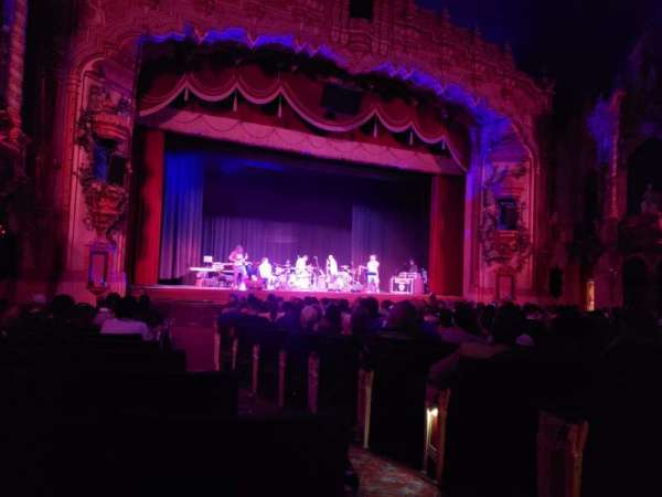 Akron Civic Theater, secção: Orchestra L, fila: U, lugar: 2