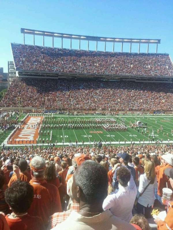 Texas Memorial Stadium, secção: 31, fila: 73, lugar: 5