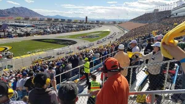 Las Vegas Motor Speedway, secção: 2M, fila: 37, lugar: 18
