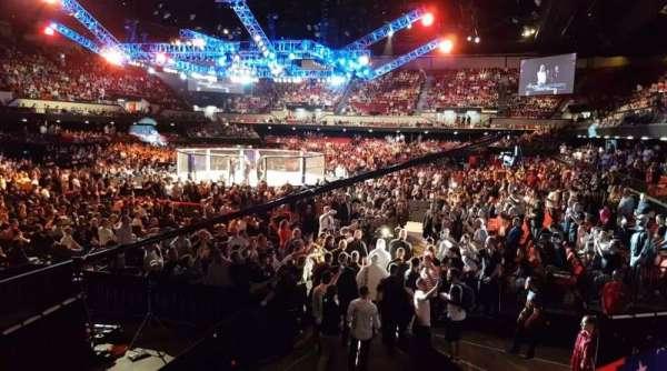 Adelaide Entertainment Centre, secção: 3, fila: BB, lugar: 15
