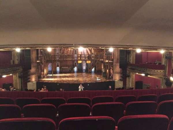 CIBC Theatre, secção: Dress Circle C, fila: E, lugar: 205