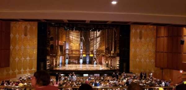 Fisher Theatre, secção: MZCTR, fila: D, lugar: 111