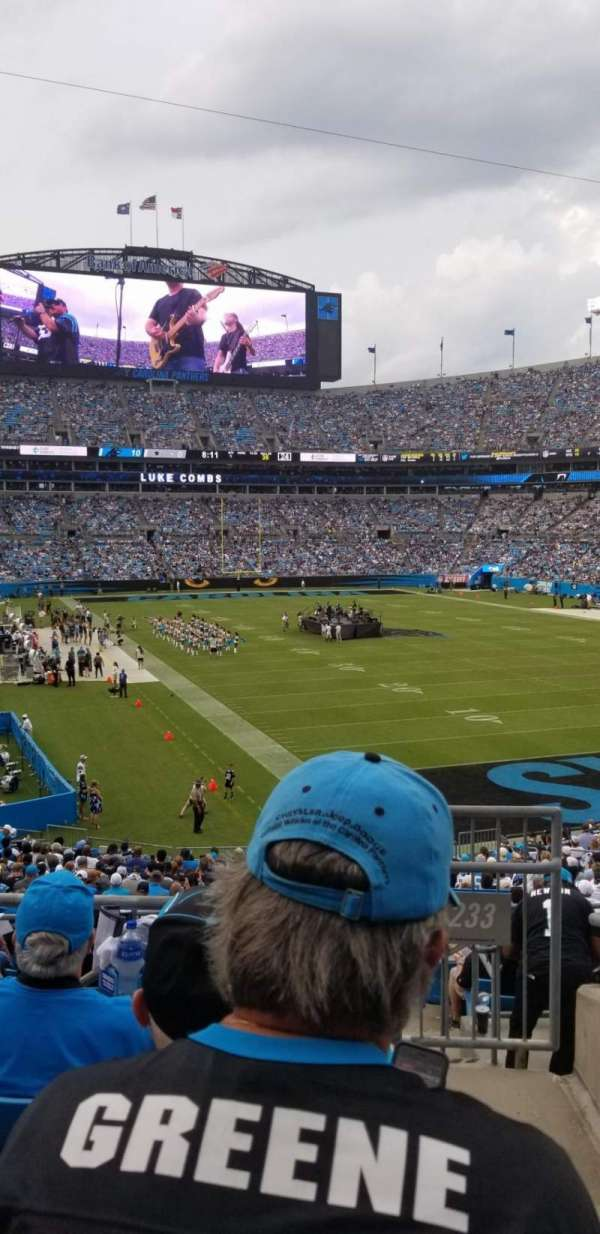 Bank of America Stadium, secção: 233, fila: 4, lugar: 7