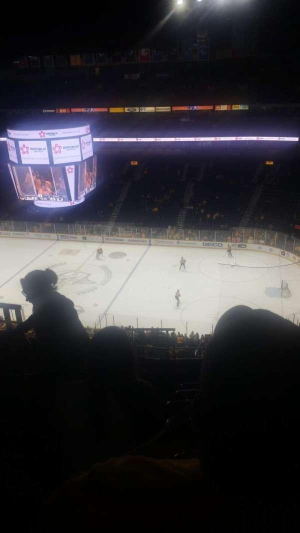 Bridgestone Arena, secção: 328, fila: L, lugar: 16