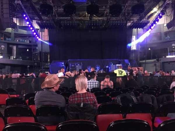 Grossinger Motors Arena, secção: FLCTR, fila: 9, lugar: 11