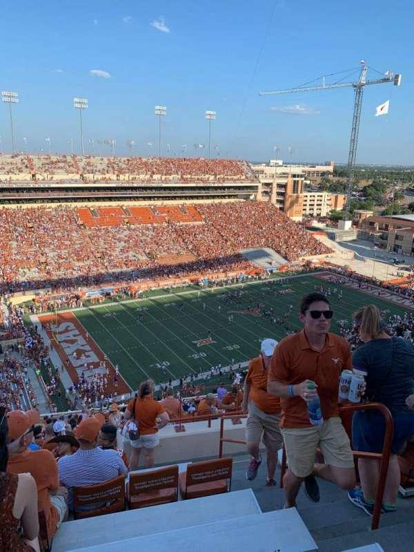 Texas Memorial Stadium, secção: 109, fila: 32, lugar: 23,24