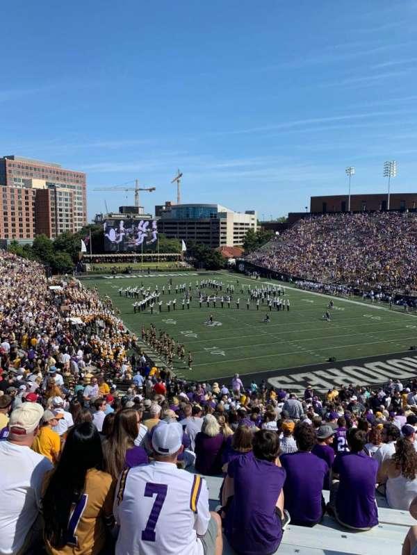 Vanderbilt Stadium, secção: End zone L, fila: 12