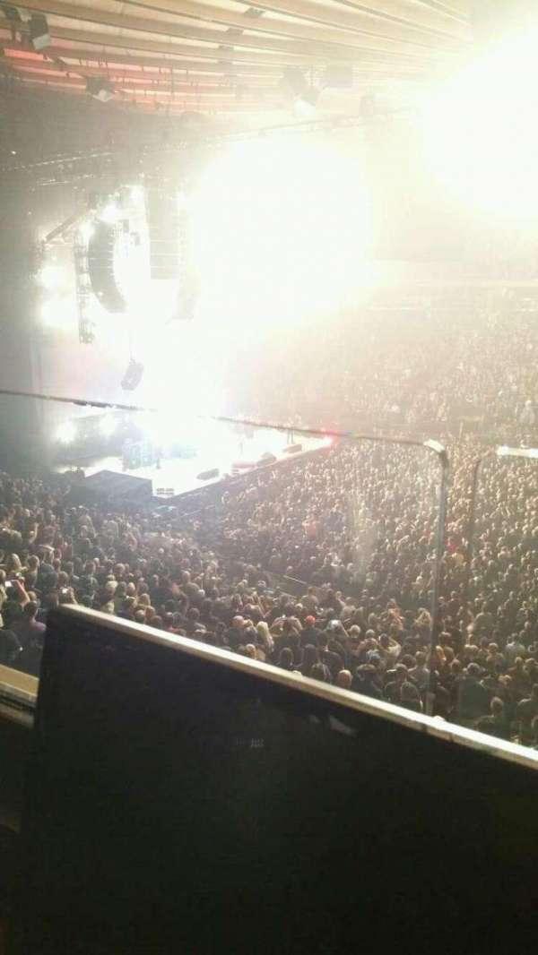 Madison Square Garden, secção: 225, fila: 1, lugar: 6