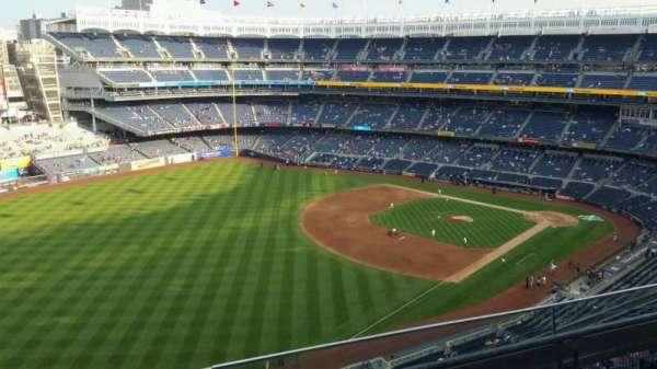 Yankee Stadium, secção: 431a, fila: 3, lugar: 9