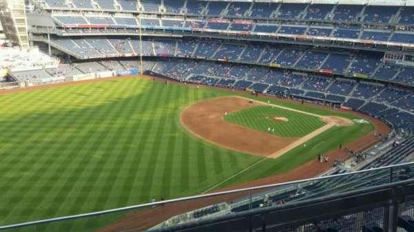 Yankee Stadium, secção: 431a, fila: 3, lugar: 7