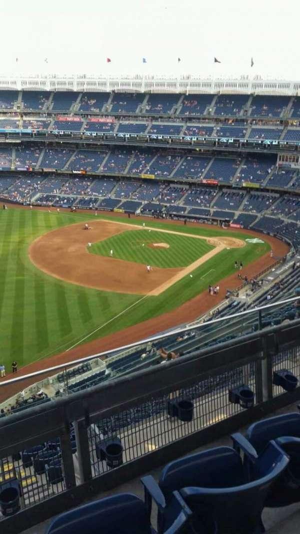 Yankee Stadium, secção: 431a, fila: 3, lugar: 6