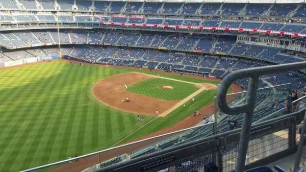 Yankee Stadium, secção: 431a, fila: 3, lugar: 3