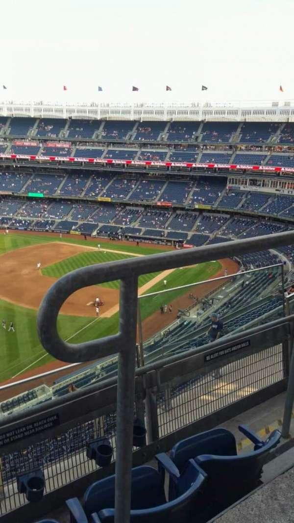 Yankee Stadium, secção: 431a, fila: 3, lugar: 2