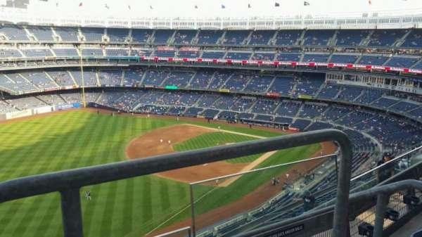 Yankee Stadium, secção: 431a, fila: 3, lugar: 1