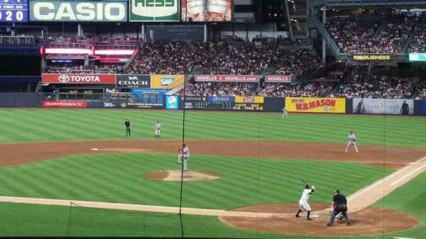 Yankee Stadium, secção: 121BS, fila: 17S, lugar: 1