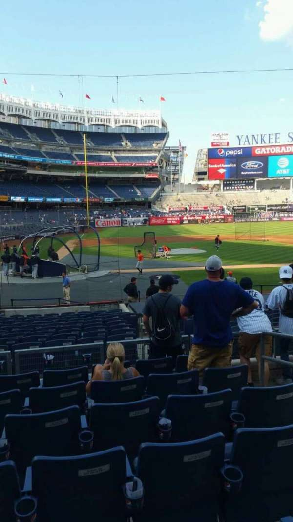 Yankee Stadium, secção: 117B, fila: 7, lugar: 4