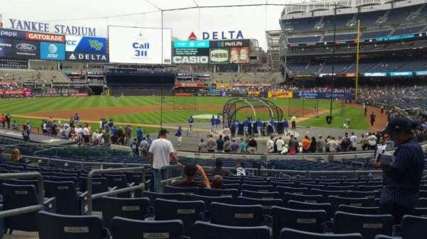 Yankee Stadium, secção: 121A, fila: 11, lugar: 7