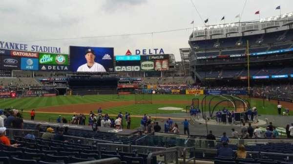 Yankee Stadium, secção: 121B, fila: 10, lugar: 13