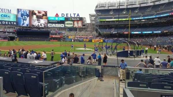 Yankee Stadium, secção: 122, fila: 3, lugar: 1