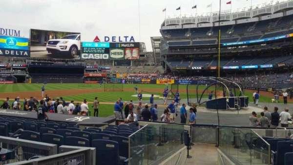 Yankee Stadium, secção: 122, fila: 3, lugar: 3