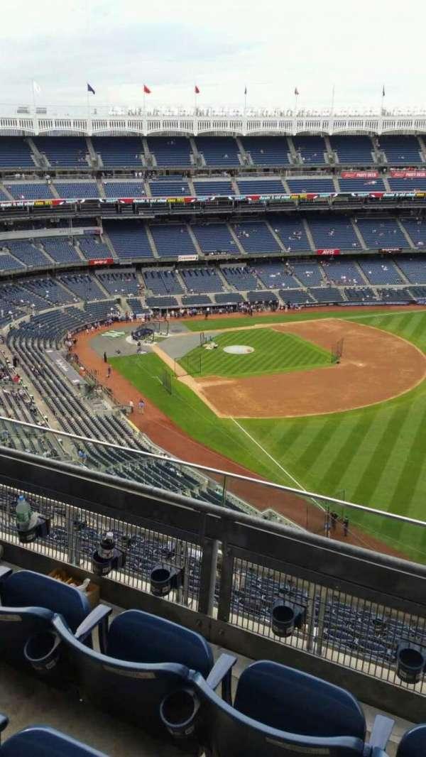 Yankee Stadium, secção: 409, fila: 3, lugar: 3