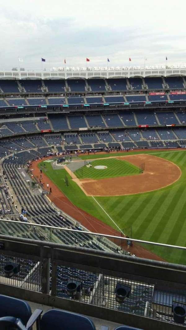 Yankee Stadium, secção: 408, fila: 3, lugar: 12