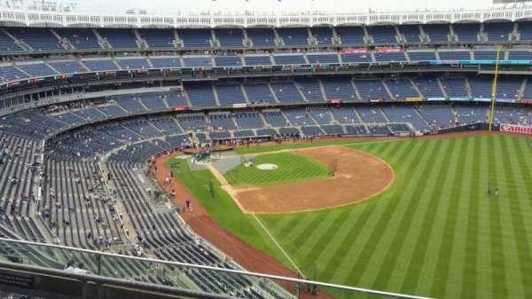 Yankee Stadium, secção: 408, fila: 3, lugar: 11