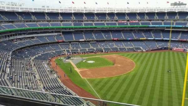 Yankee Stadium, secção: 408, fila: 3, lugar: 9